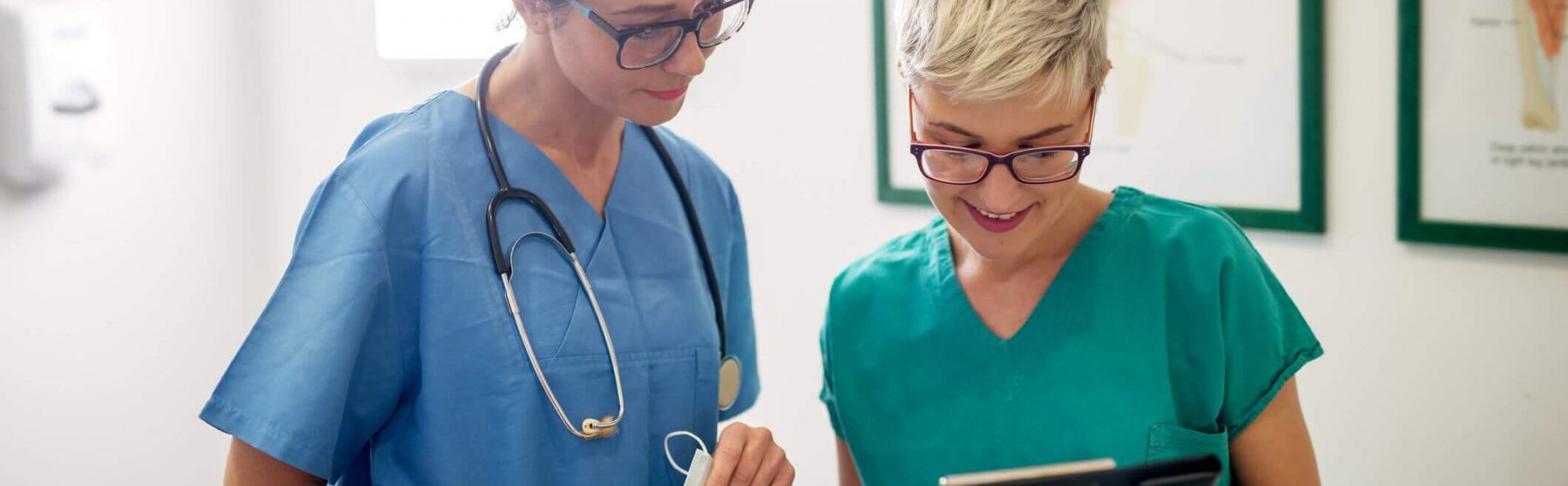 Nurse Management vs Nurse Leadership: What's the Difference?